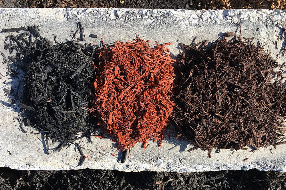 Recoloring Mulch