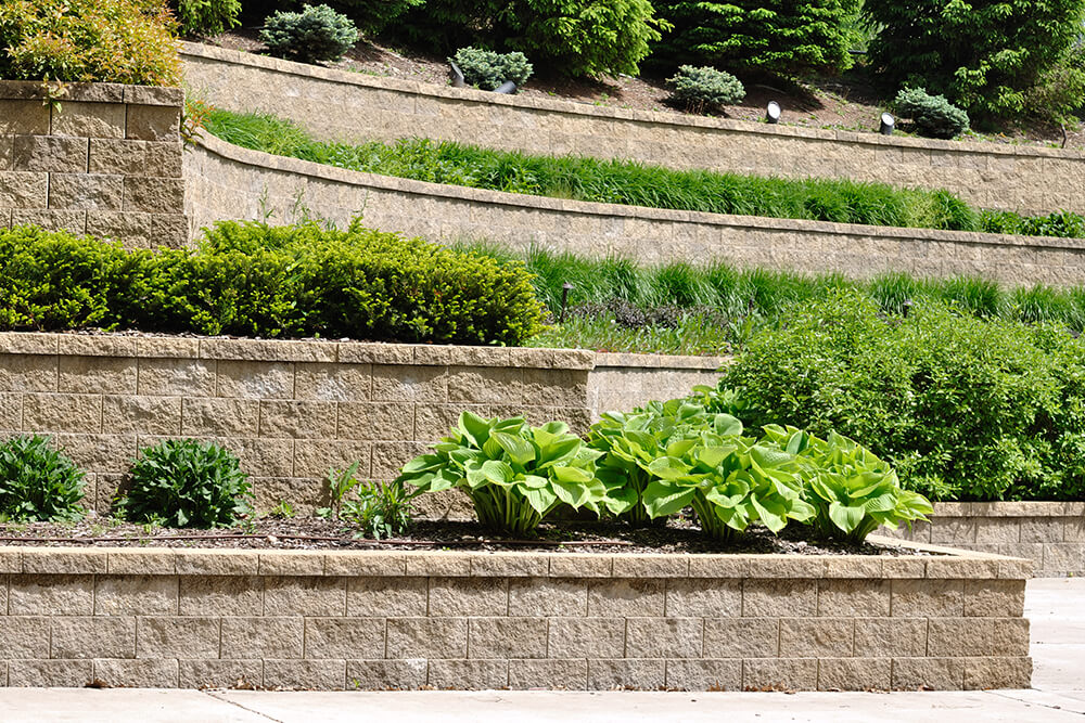 4-benefits-of-retaining-walls-in-your-landscape-design