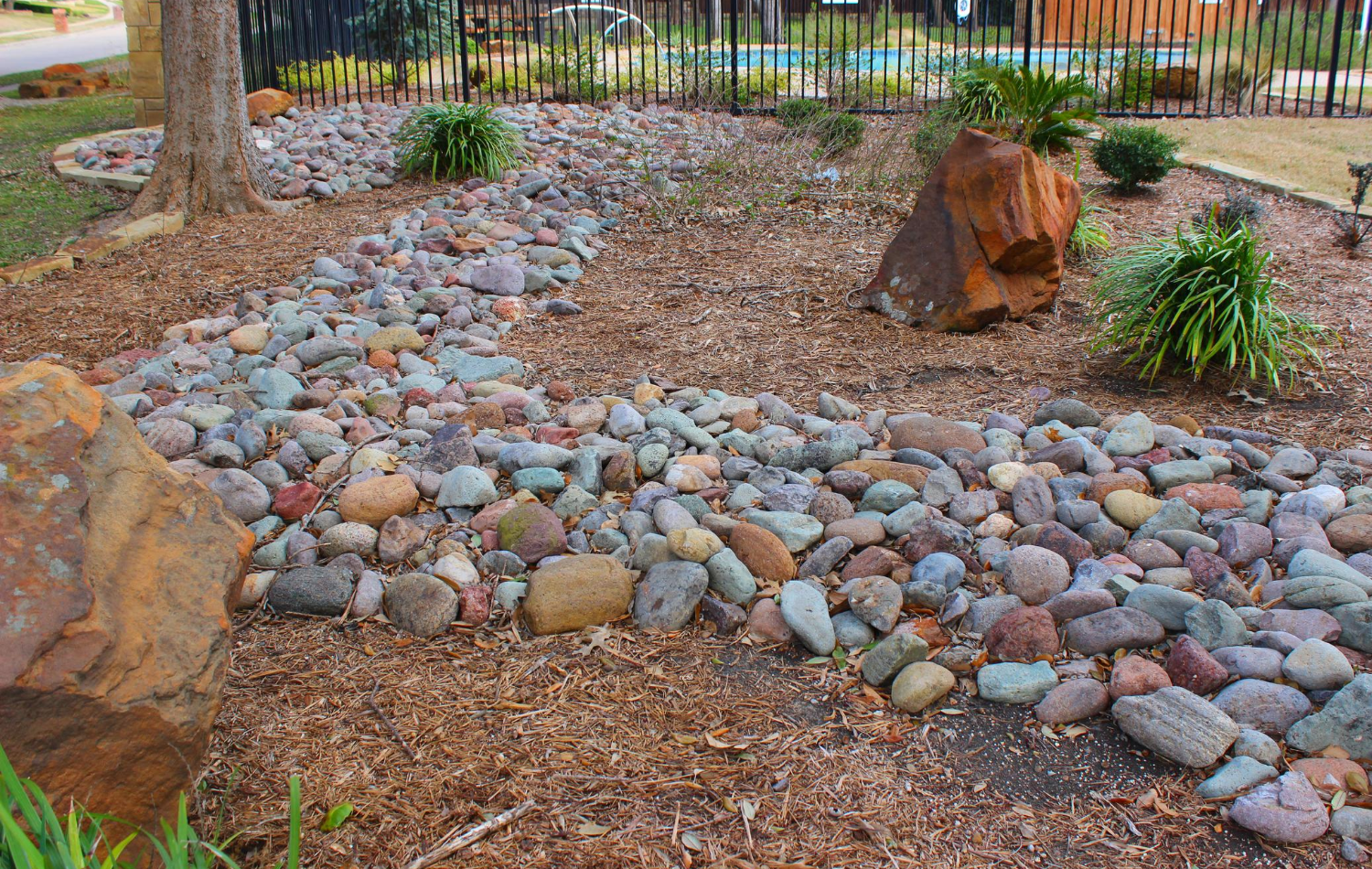 4 Stone Types for Your Exterior Landscaping